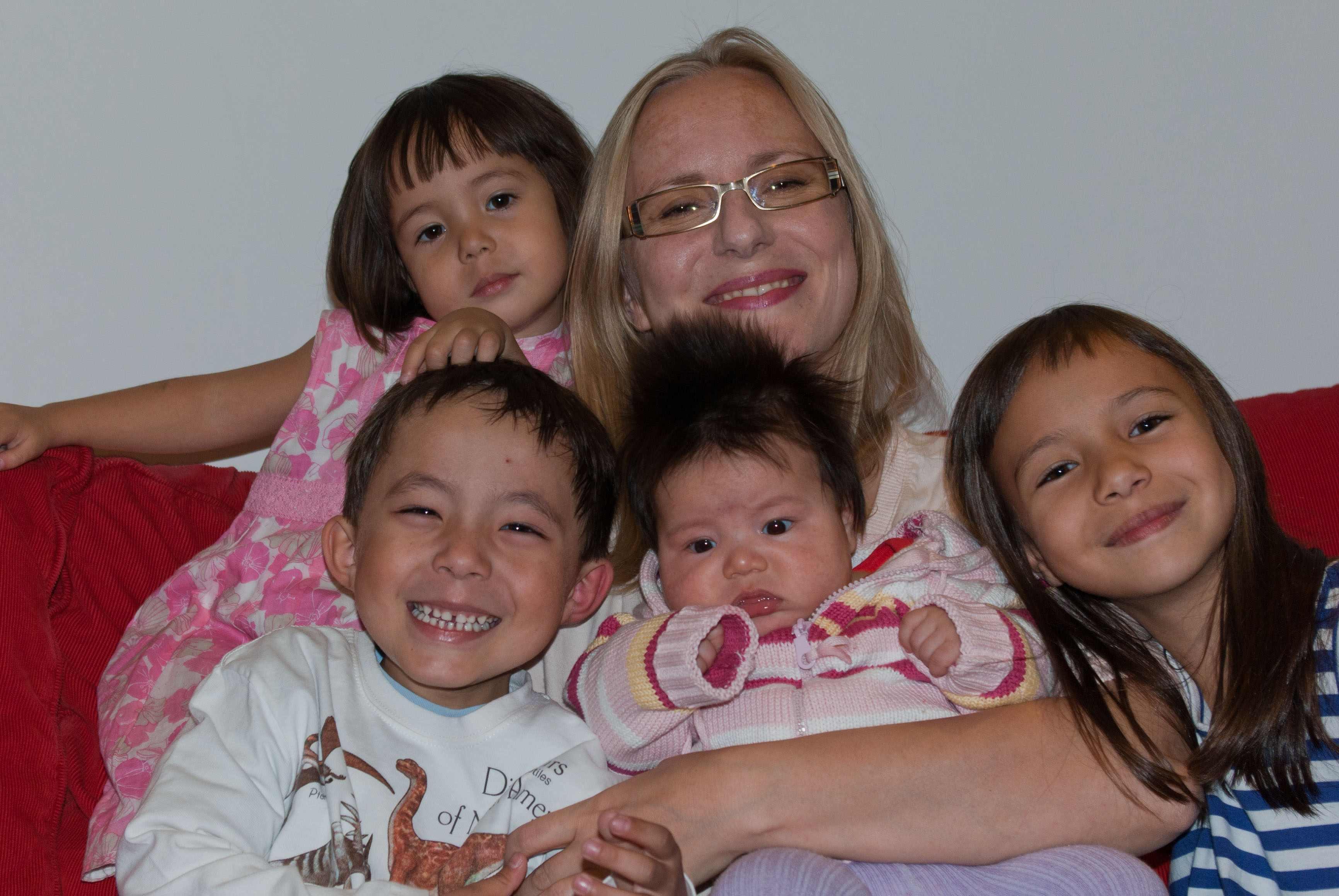 zdjęcie dziećmi duża rodzina