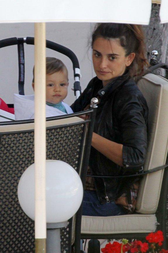 Penelope Cruz z synem Leo
