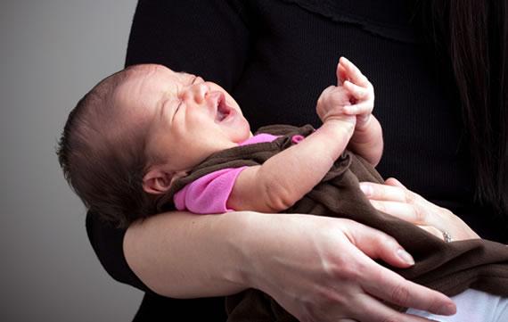długi płacz niemowlaka