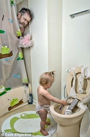 niemowlę płacze kąpiel