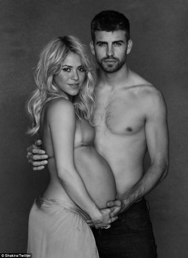 Shakira z 25-letnim narzeczonym, piłkarzem FC Barcelona